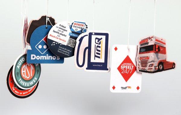 geurhangers bedrukken, autogeurtjes bedrukken, geurhangers met logo, eigen geurhangers drukken, autogeurtjes drukken, luchtverfrisser auto drukken