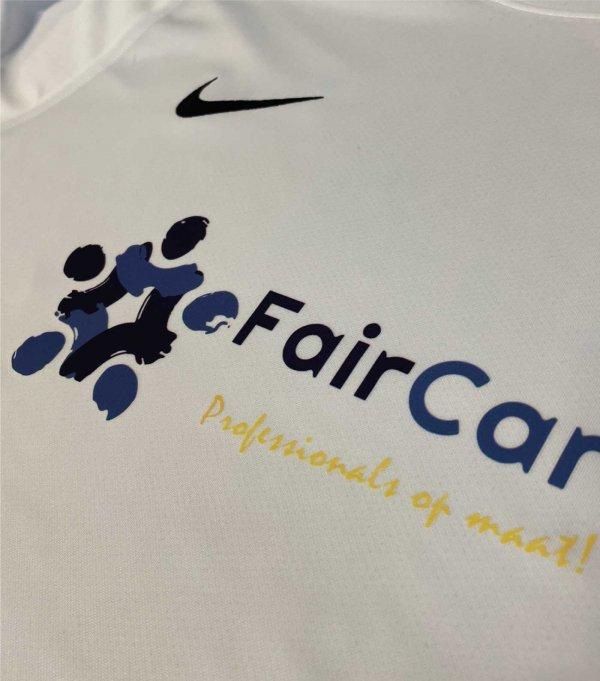 Nike sportshirts bedrukken, Nike shirts bedrukken, bedrukte nike kleding, Nike shirt bedrukt, Nike shirt met logo